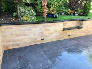 Sunnbank Sandstone & Granite Eclipse Walling 9