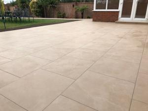 Robert Brundett Close Arrento Paving (44)