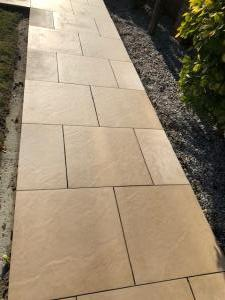 Robert Brundett Close Arrento Paving (50)