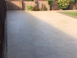 Robert Brundett Close Arrento Paving (59)